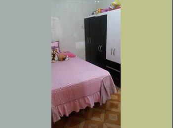 Aluguel de quarto pra moça