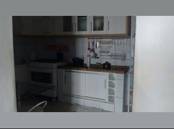 EasyQuarto BR - Quartos para moças, Fortaleza - R$ 400 Por mês