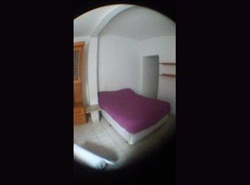 aluga-se quarto mobiliado