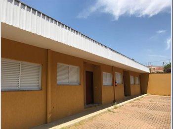 EasyQuarto BR - Kitnet próximo à ESALQ, Piracicaba - R$ 730 Por mês