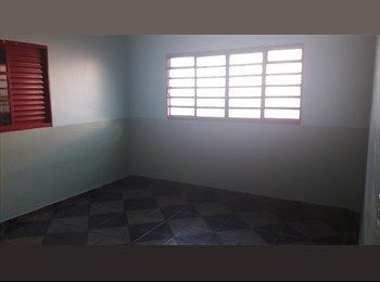 EasyQuarto BR - Aluguel de quarto para moças, Brasília - R$ 490 Por mês