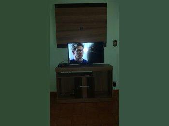 EasyQuarto BR - Alugo Quarto, Goiás - R$ 500 Por mês