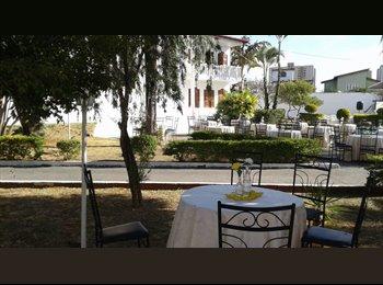 quarto em mansão no setor de mansões de taguatinga
