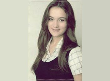 Mariana - 22 - Estudante