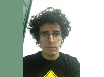 Guilherme  - 21 - Estudante