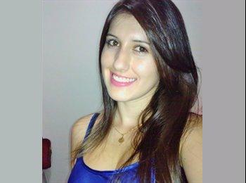 Juliana - 23 - Estudante