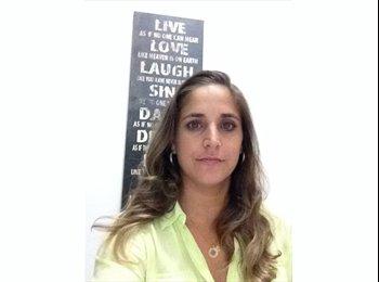 EasyQuarto BR - Amanda - 33 - Salvador