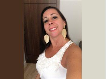 EasyQuarto BR - Renata - 43 - Santos