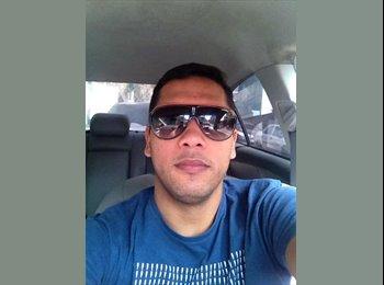 Felipe  - 31 - Estudante