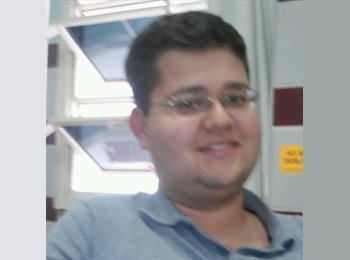 Pedro Lauria - 21 - Estudante
