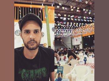 Felipe Martins - 27