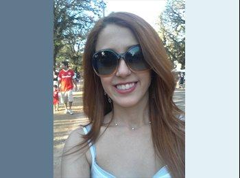 Bruna Fernandes - 24 - Profissional
