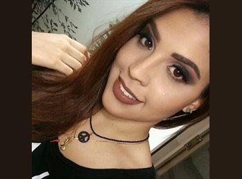 Mariana Franca - 21 - Estudante