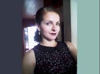 Tami Cereja Brito - 25 - Estudante