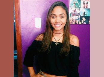 EasyQuarto BR - Danielle  Mathias - 18 - Região Centro Fluminense
