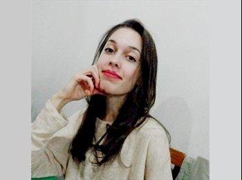 Lavínia - 18 - Estudante