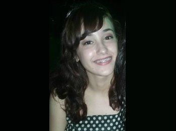 Aline Amaral - 19 - Estudante