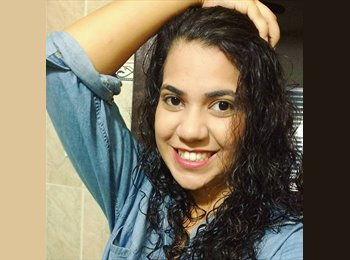 EasyQuarto BR - Rafaela Machado Pires - 18 - Florianópolis