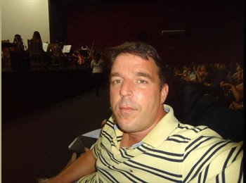 Paulo Martins - 44 - Profissional