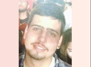 Paulo Henrique - 21 - Estudante