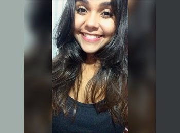 Juliana Rocha - 19 - Estudante