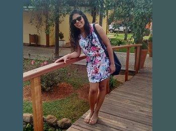 Leticia Santos Silva - 21 - Estudante