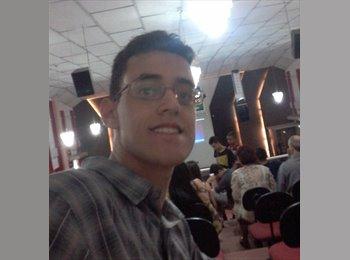 Matheus Menezes - 18 - Estudante