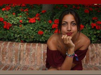 Daniela - 21 - Estudante