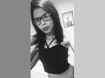 EasyQuarto BR - Julia - 18 - Natal
