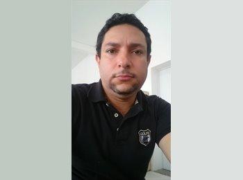 EasyQuarto BR - emerson carvalho - 40 - Vitória
