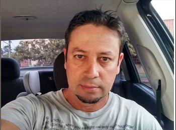 EasyQuarto BR - Luciano Morais - 40 - Santa Maria