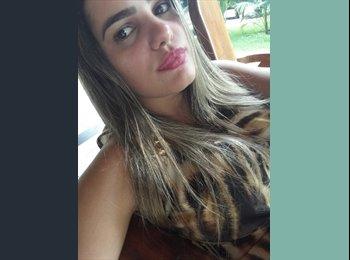 EasyQuarto BR - Mikaela  - 22 - Goiânia