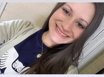Juliana - 22 - Estudante