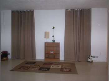 1 large room for female person