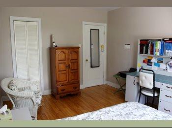 EasyRoommate CA - 2 decent rooms available near UdeM, $395 & $500 - Côte-des-Neiges - Notre-Dame-de-Grâce, Montréal - $395 pcm