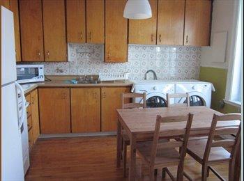 EasyRoommate CA -  1 chambre meub�es à louer, Montréal - $460 pcm