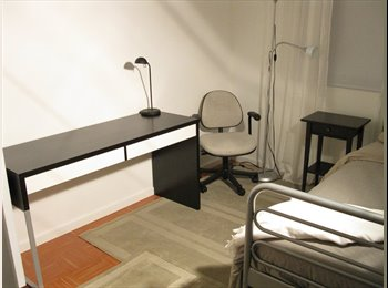 EasyRoommate CA - Direct Bus University of Alberta Whyte Ave Student, Edmonton - $490 pcm