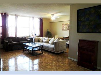 EasyRoommate CA - Yonge & Eglinton RoommateWanted Lg Bdrm+Own bathrm - Yonge & Eglinton, Toronto - $950 pcm
