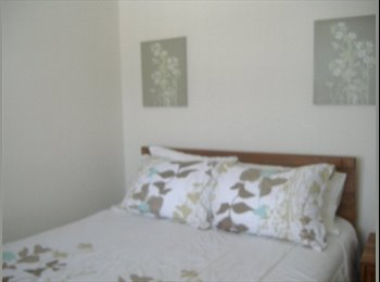 Furnished room with private bathroom for rent