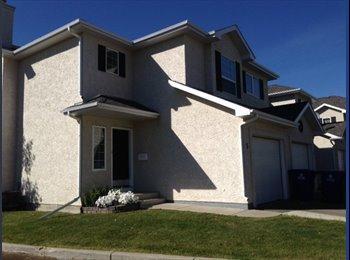 EasyRoommate CA - looking for 2 roommates - Saskatoon Area, Saskatoon Area - $700 pcm