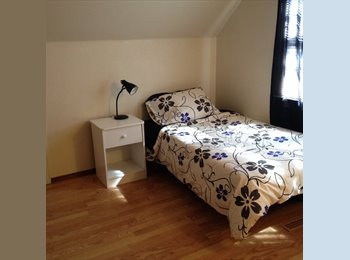 EasyRoommate CA - Room for Rent.Call  to view. Student? Professional? Avail: Aug 1 - Regina Area, Regina Area - $650 pcm