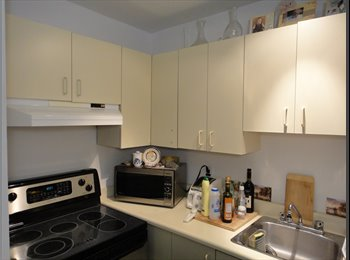 EasyRoommate CA - Room share / Apartment downtown Montreal near Metro Station and BELL Centre - Centre Ville, Montréal - $700 pcm