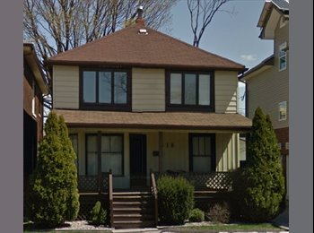 EasyRoommate CA - ONE ROOM AVAILABLE, CLOSE TO UWINDSOR - Windsor, South West Ontario - $365 pcm