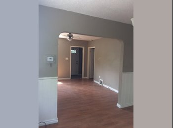 EasyRoommate CA - 5 bedroom home for students - London, South West Ontario - $450 pcm