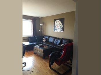EasyRoommate CA - Jolie chambre à louer - Lachine, Montréal - $350 pcm