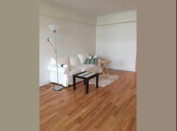 EasyRoommate CA - Apartment downtown - Ville-Marie - Petite Bourgogne, Montréal - $700 pcm