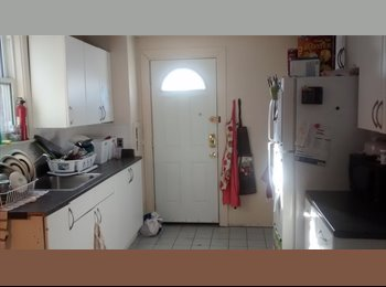 EasyRoommate CA - Seeking Roommate for September 2015- August 2016 - Windsor, South West Ontario - $375 pcm