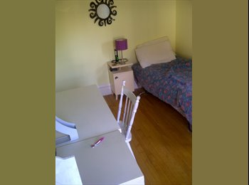 EasyRoommate CA - 5 min walk to Carleton University , 20 min bus downtown and UOttawa - Other Ottawa, Ottawa - $700 pcm