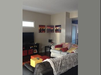 EasyRoommate CA - South side town house mate - South West, Edmonton - $1,000 pcm