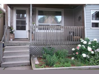 EasyRoommate CA - SHARED EXECUTIVE HOME,  UTILITIES IN - Hamilton, South West Ontario - $599 pcm
